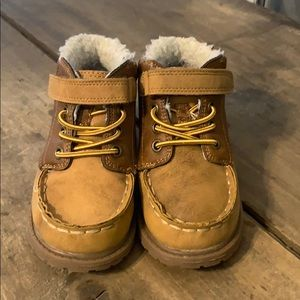 OshKosh B'Gosh Lined Toddler Boy's Boots